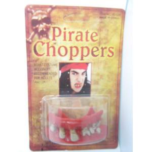 Зубы Пирата кровавые